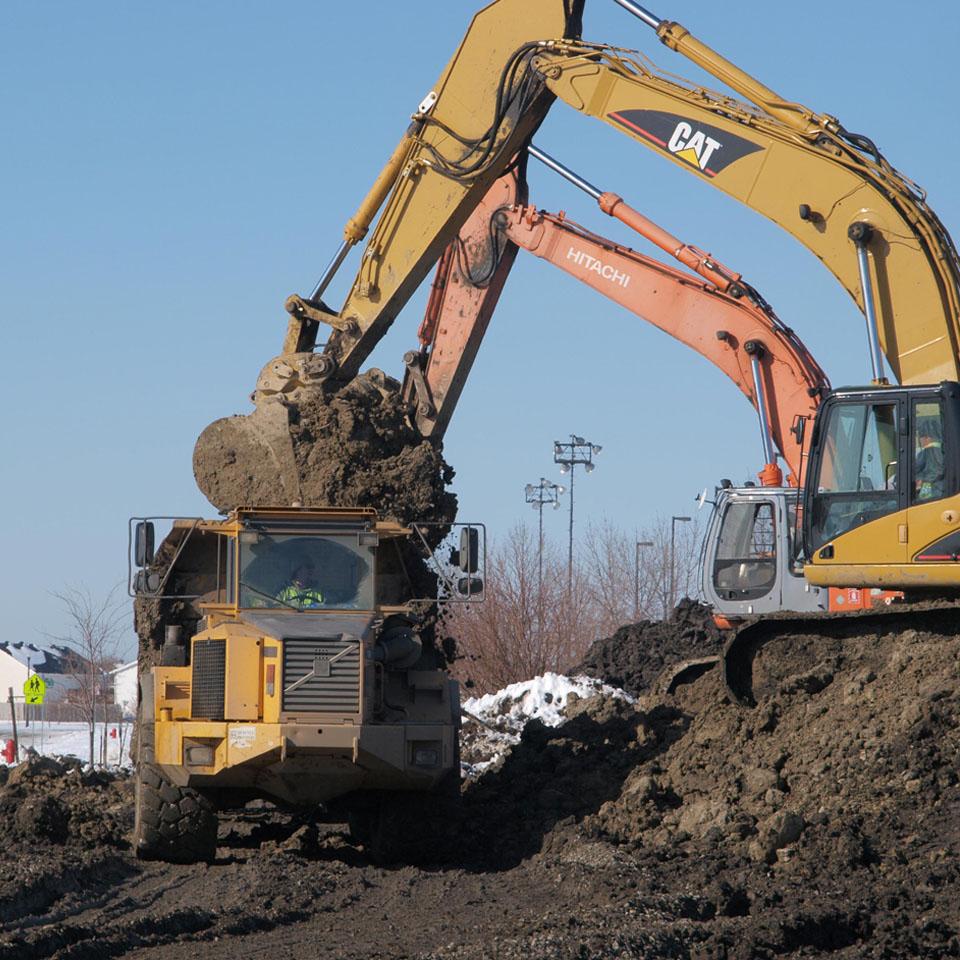 Transport de gravier – transport de sable – transport de terre – transport de pierre |Excavation Lafond